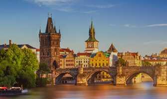 Opplev en romantisk helg eller en familieferie i Böhmen.