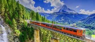 Upplev det vackra alplandet Schweiz när ni bilar i Europa