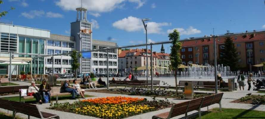 I bor kun en en kort køretur fra Koszalin, som er kendt for sine mange smukke parker.
