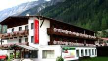 Hotellet ligger i naturskønne omgivelser højt placeret over de smukke landskaber