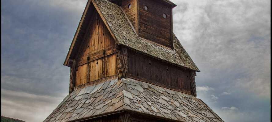 Besøk den eldste stavkirken i Ål i Hallingdal, en opplevelse for både store og små.