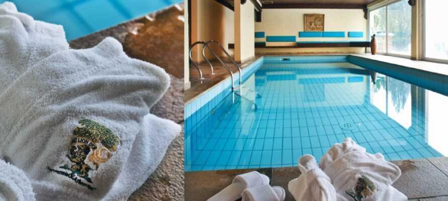 Der er gratis adgang til hotellets wellness-afdeling og svømmebassin.