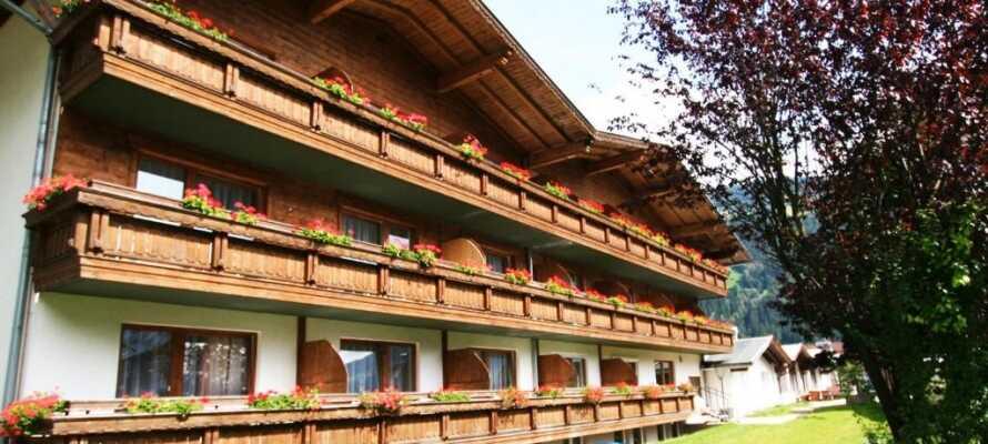 Bo i populære Zillertal, som indbyder til vandreture, smukke naturoplevelser og hyggeligt samvær i de Østrigske alper.