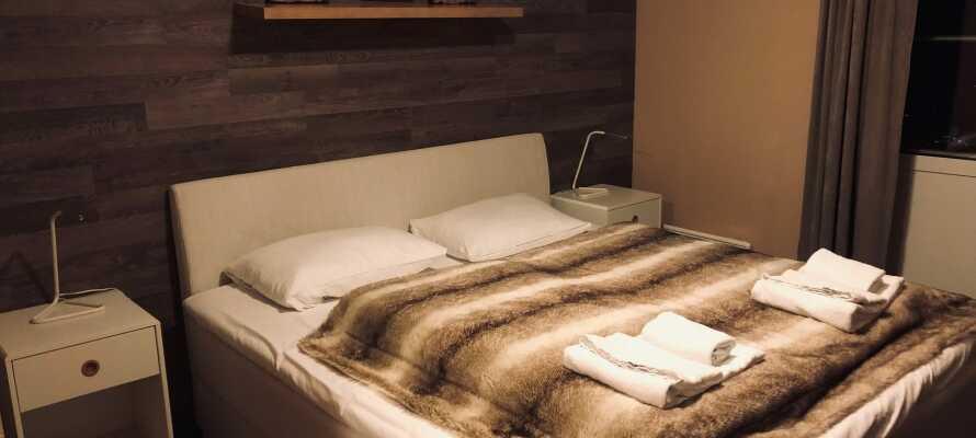 Her bor I på hyggelige og komfortable værelser.