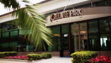 Indgangen til Hotel Vile Park i Portoroz