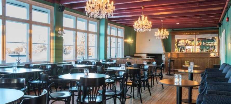 Hotellet har et fantastisk kjøkken som tilbyr et utvalg av spennende frokost- og middagsretter.