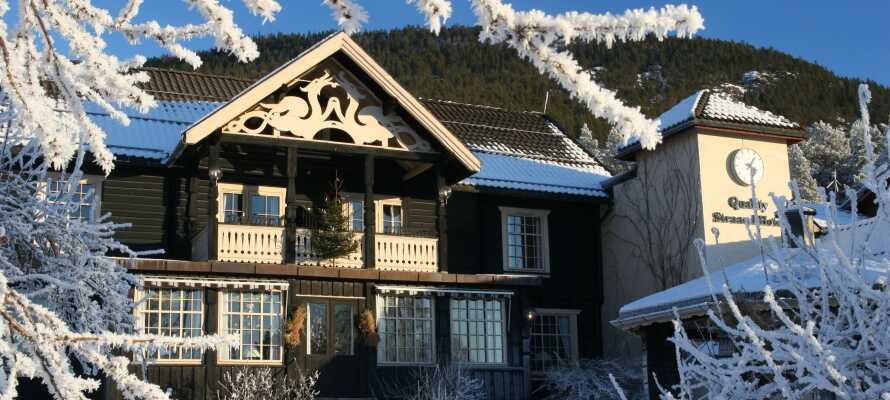 Hotellet ligger i naturskjønne omgivelser i populære Vrådal