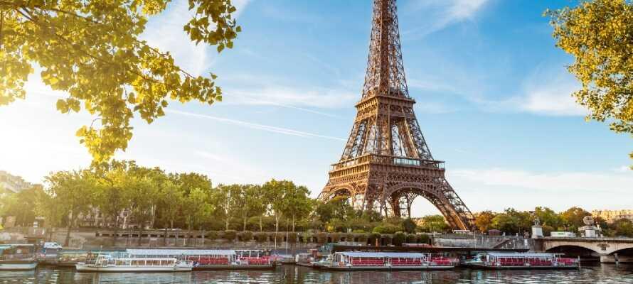 Paris er byernes by med et utal af seværdigheder og det mest berømte er nok Eiffeltårnet.