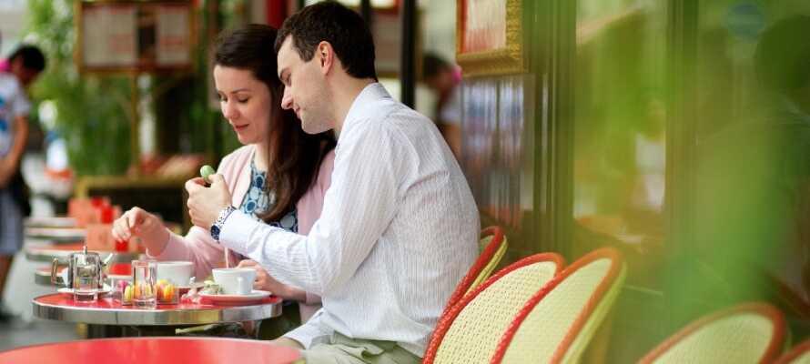 Der findes ikke noget mere fransk end en stille stund på én af Paris' mange caféer med en kop kaffe.