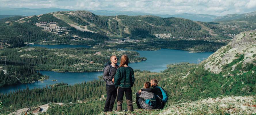 Besøg Rjukan, som var byen hvor den dramatiske Vermork-aktion fandt sted under 2. verdenskrig - det unikke sted har siden 2015 været på UNESCOs verdensarvsliste.