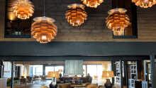 Restauranten byder på dejlig mad og en skøn udsigt.