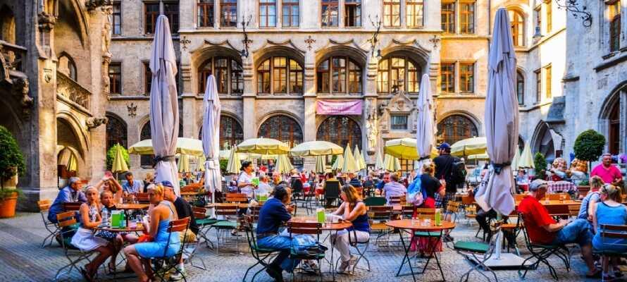 Victor's Residenz-Hotel München har en fin beliggenhed nord for München og med kort afstand til offentlig transport.