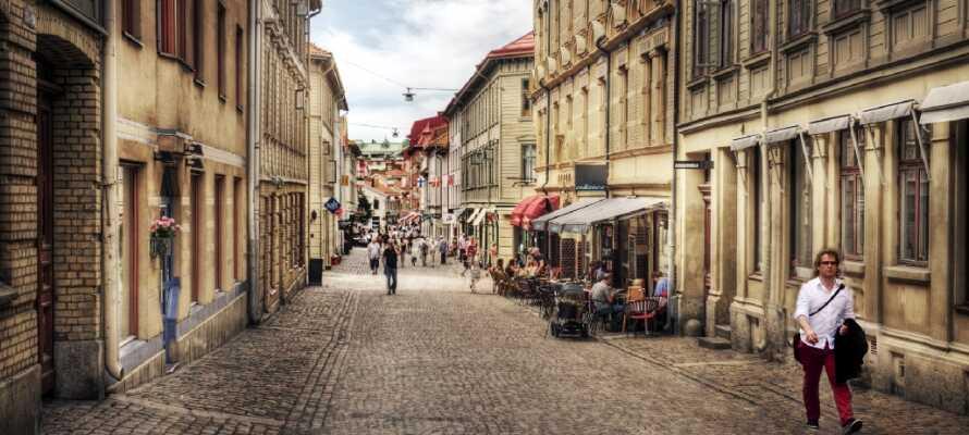 Tag på miniferie i Sveriges næststørste by, Göteborg, og bo ppå hotel centralt i byen.
