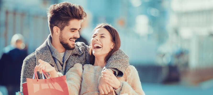 Aarhus er Smilets By - bo i gåafstand til alle seværdigheder og de bedste butikker.