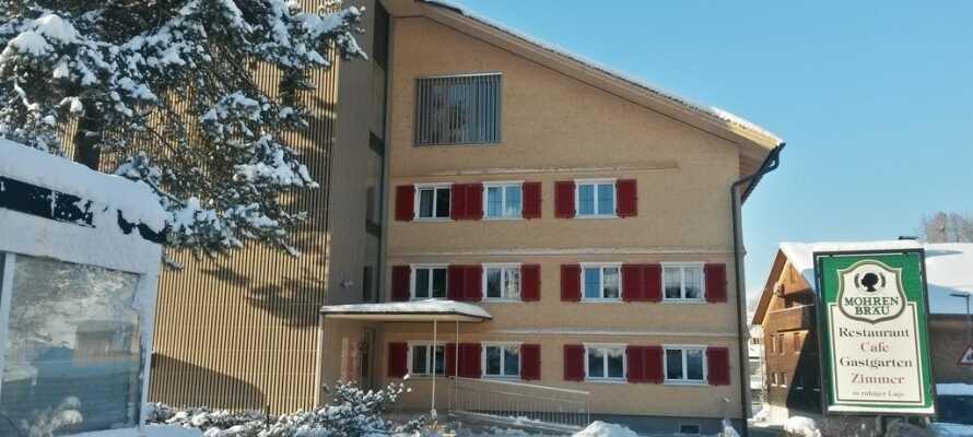 Det hyggelige og familievenlige hotel ligger i den østrigske landsby, Lingenau, i det naturskønne Bregenzerwald-område.