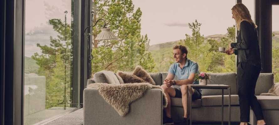 På hotellet hersker en avslappet atmosfære, hvor dere kan føle dere som hjemme.