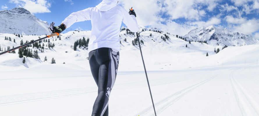 Oplev en skøn vinterferie tæt på flere skiresorter med alpint skiløb og langrendsløjper.