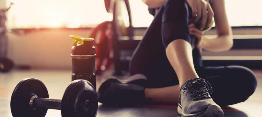 Ni har fri tillgång till hotellets gym där ni bland annat hittar både löpband och motionscyklar.