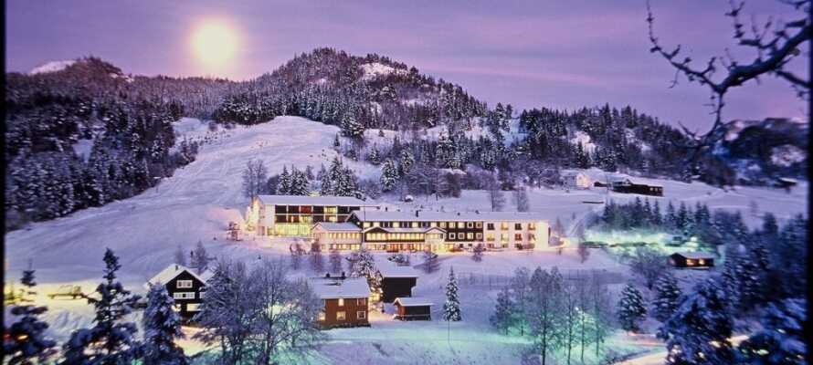 Här väntar en härlig 4-stjärnig skidsemester i hjärtat av Telemark på det historiska Morgedal Hotel.
