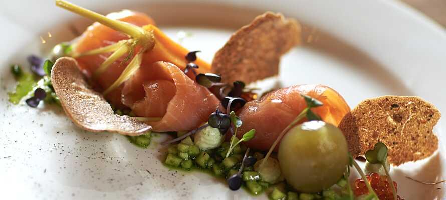 Nyd en dejlig middag på Restaurant Generalen som serverer retter inspireret af Lensgrevens kok's kogebog fra år 1800!