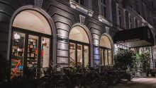 Hotel Alexandra Copenhagen byder velkommen i en unik vintage-stil i hjertet af København.
