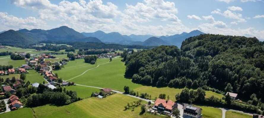Hotellet ligger i den smukke region, Salzkammergut, som er kendt for sine søer og skove