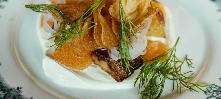 Hotellets restaurant tilbyder mad i verdensklasse i spektakulære omgivelser.