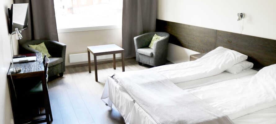 Hotellets dejlige, lyse værelser giver jer hyggelige og komfortable rammer under opholdet.