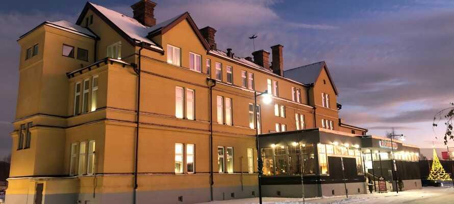 Orsa Järnvägshotell er et ægte svensk jernbanehotel, og tilbyder elegante rammer for en herlig ferie i hjertet af Dalarna.