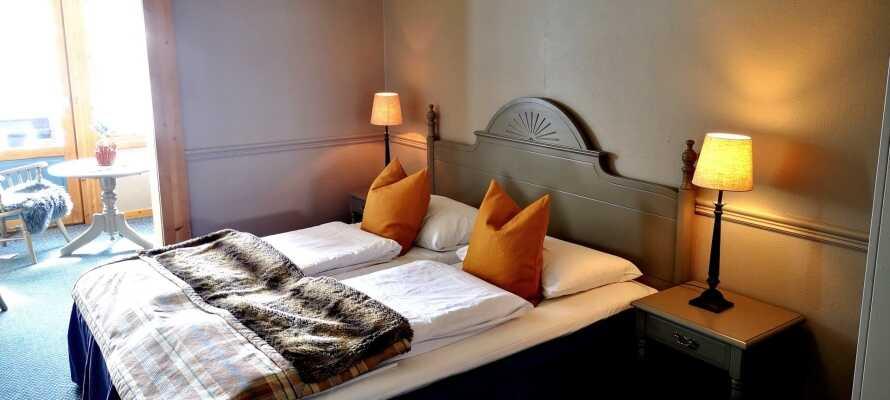 Hotellets værelser er indrettet med stor charme, og tilbyder god komfort under opholdet.
